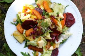 Blattsalat mit Gemüsepotpourri
