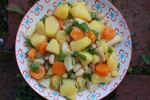 Kartoffelgemüsesalat