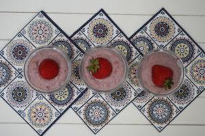 Erdbeer-Cashew-Creme