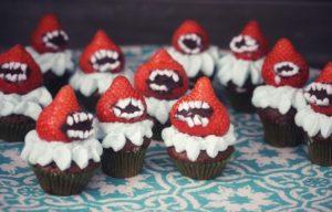 Erbeer-Monster-Mini-Muffin