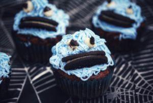 blauer Oreo-Monster